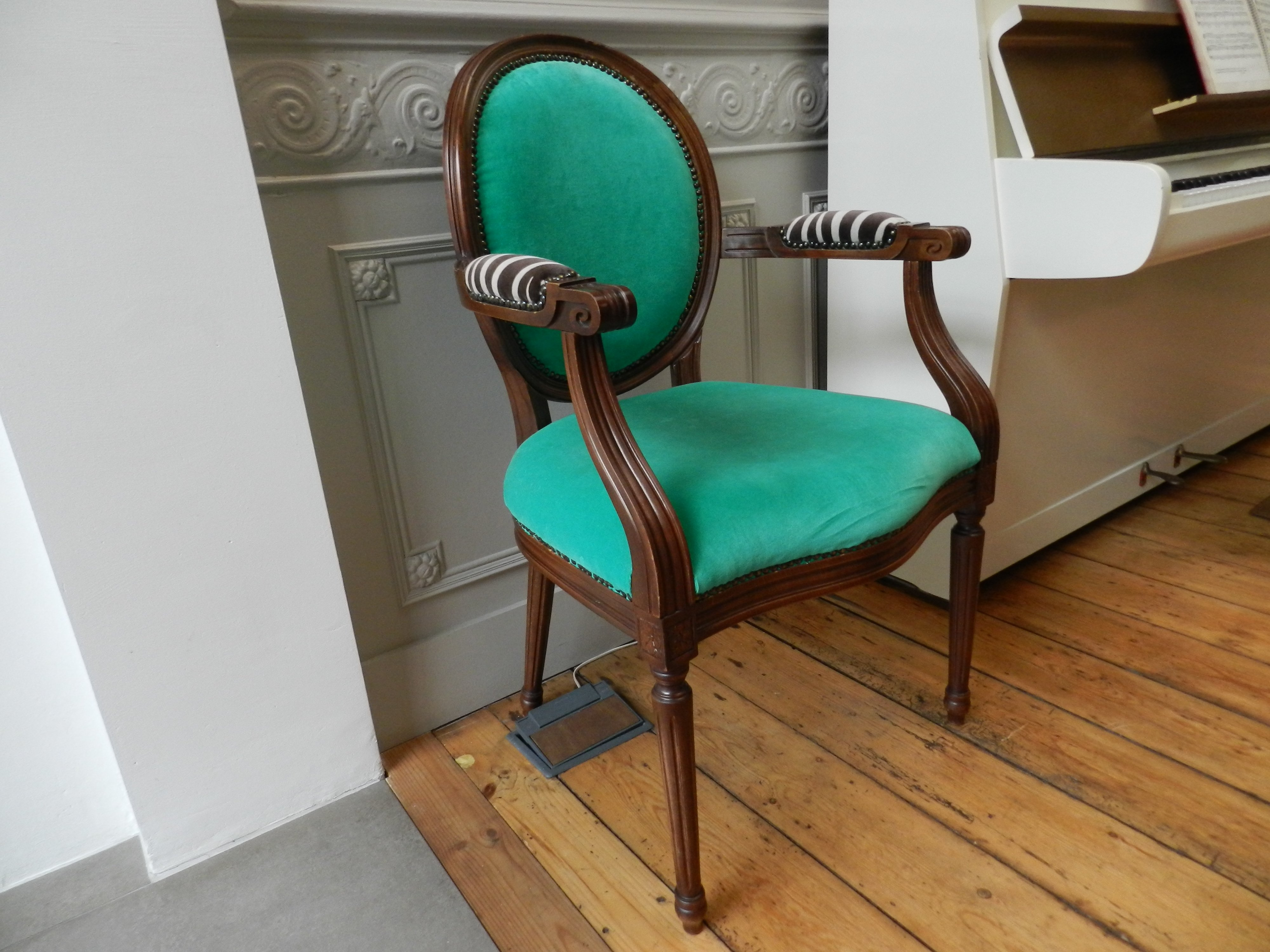 Chair found on the street refurbished